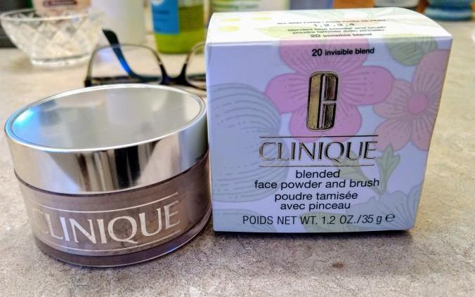 clinique powder